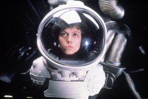 alien-1979-sigourney-weaver-photo-2